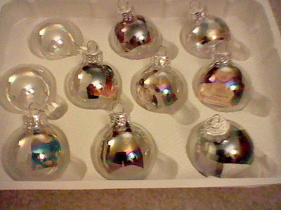 How to make a bauble. Twilight Ornaments :] - Step 11