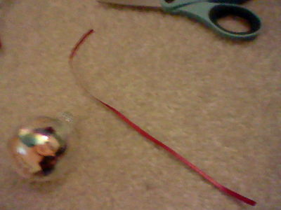 How to make a bauble. Twilight Ornaments :] - Step 12