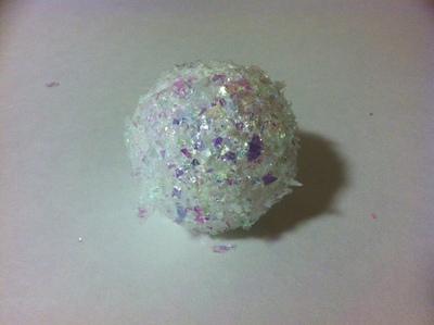 How to make a Christmas decoration. Cupcake Ornament - Step 5