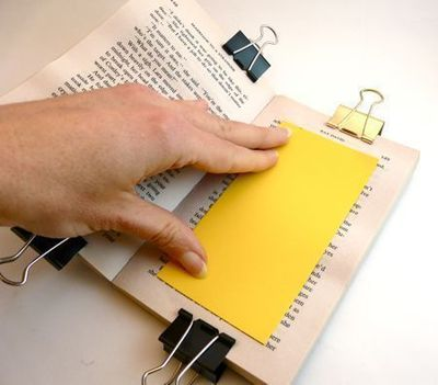How to make a recycled photo frame. Paperback Picture Frame - Step 3