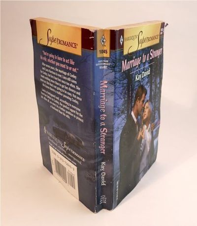How to make a recycled photo frame. Paperback Picture Frame - Step 12
