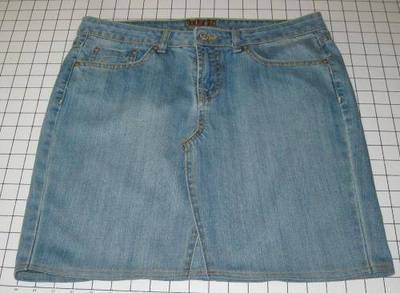 How to sew a denim skirt. Jean Skirt!! - Step 4