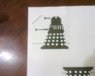 How to decorate a character cookie. Cookie Cutter And Cookies Dalek Drwho - Step 1