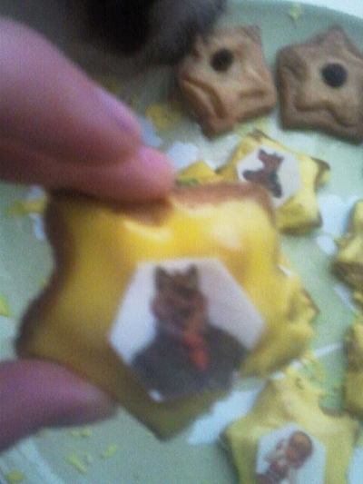 How to decorate a character cookie. Cute Red Riding Hood Star Cookies (And Dragon Cookies) - Step 1