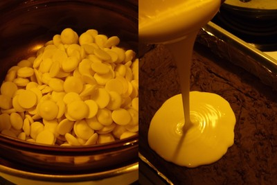 How to cook brittle / bark. White And Milk Chocolate Peppermint Bark - Step 4