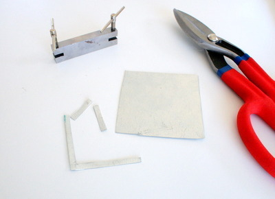 How to make a metal necklace. Chevron Necklace - Step 1