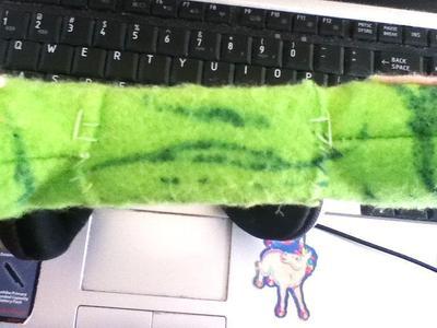 How to decorate headphones. I'm One Strange Kitty - Step 10