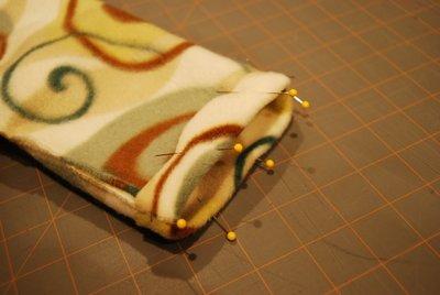 How to make a sock. Ultra Comfy Fleece Socks - Step 5