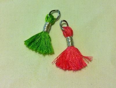 How to make a bracelet. Tassel Charms Bracelet - Step 5