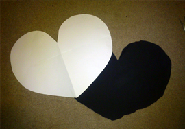 How to make a heart shaped bag. Cute As A Button Heart Bag - Step 1