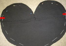 How to make a heart shaped bag. Cute As A Button Heart Bag - Step 5
