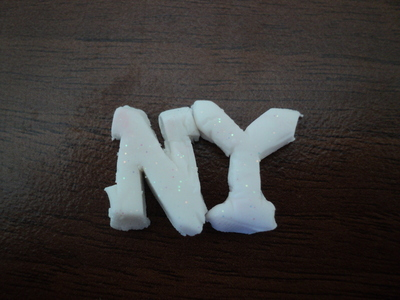 How to make a plastic ring. I <3 Ny Ring - Step 4