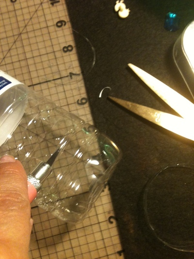 How to make a recycled ring. Bottled Water Ring Tutorial - Step 1