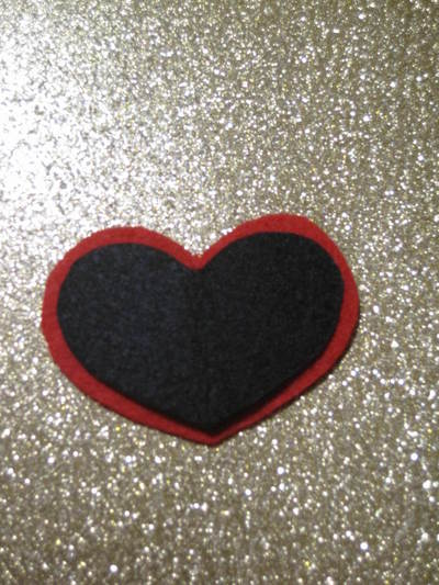 How to make an eye patch. Black Heart Valentine Eyepatch!  - Step 2