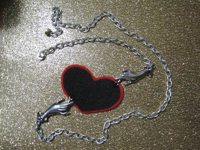 How to make an eye patch. Black Heart Valentine Eyepatch!  - Step 9