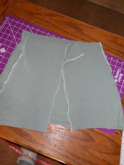 How to sew a ruffle skirt. Ruffle Bustle Skirt - Step 8