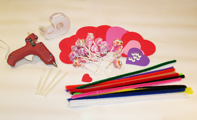 How to make packaging. Valentine's Day Candy Cellophane Treat Bags - Step 3