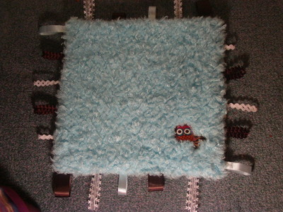 How to make a plushie toy. Owl Taggie Blanket - Step 7