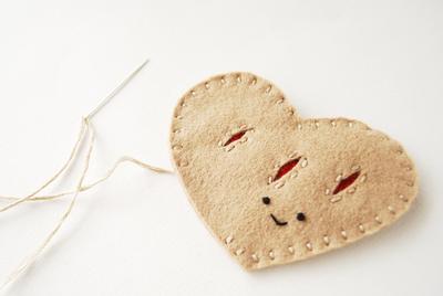 How to make a shape plushie. Heart Felt Pastry Plush - Step 3