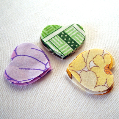 How to make a fabric brooch. Upcycled Fabric Heart Brooch Tutorial  - Step 2