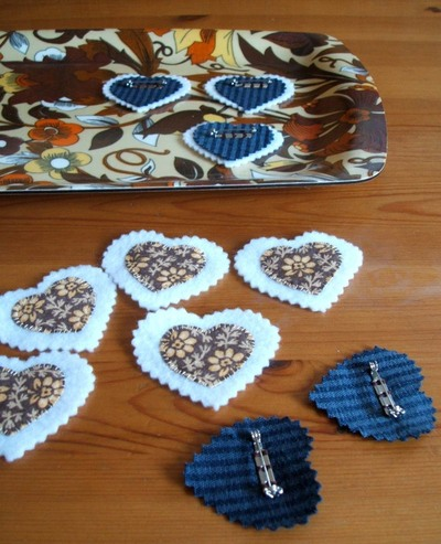 How to make a fabric brooch. Upcycled Fabric Heart Brooch Tutorial  - Step 6