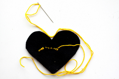 How to make a fabric brooch. Black Heart Brooch - Step 7