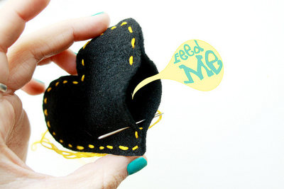 How to make a fabric brooch. Black Heart Brooch - Step 10