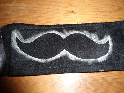 How to make a phone case. Leather Mustache Ipod Case - Step 2