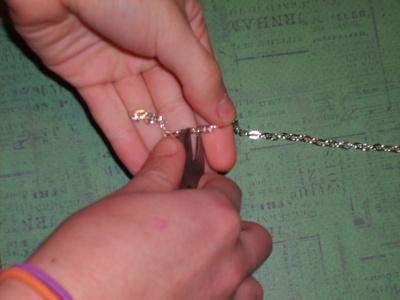 How to recycle a puzzle piece bracelet. Puzzle Piece Bracelet - Step 1