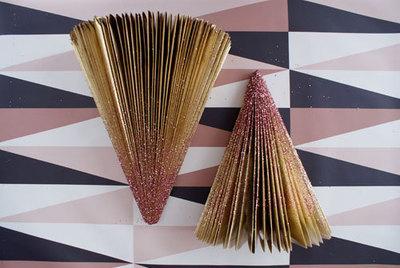 How to make a christmas tree. Diy Glitter Trees - Step 7