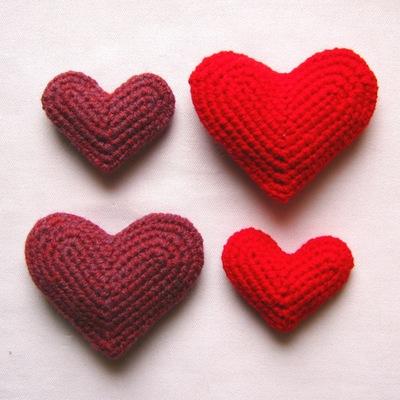 How to make a shape plushie. Crocheted Hearts - Step 3