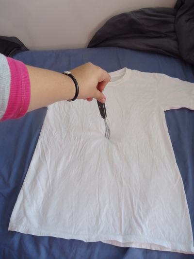How to dye a tie dye t-shirt. Tye Die T Shirts! - Step 6