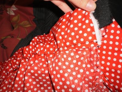 How to make a costume skirt. Minnie Mouse Inspired Skirt - Step 8