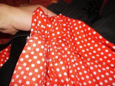 How to make a costume skirt. Minnie Mouse Inspired Skirt - Step 9