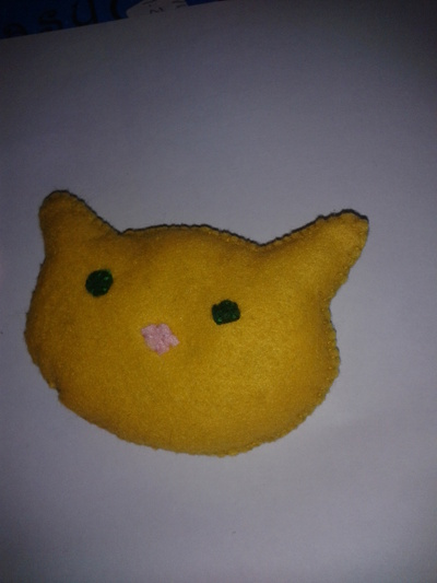 How to make a pet toy. Cat Shape Catnip Cat Toy. - Step 7