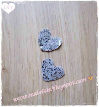How to make a pair of fabric earrings. Felt Heart Earrings  - Step 2