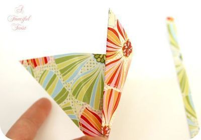 How to make a paper model. Paper Flower Chandelier - Step 4