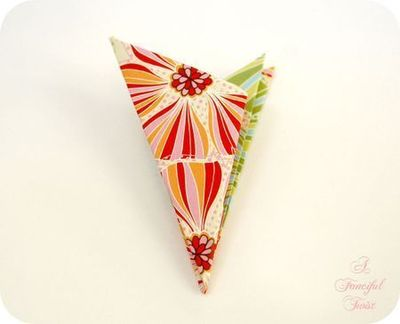 How to make a paper model. Paper Flower Chandelier - Step 5