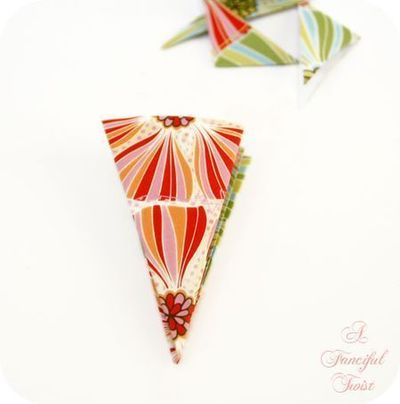 How to make a paper model. Paper Flower Chandelier - Step 7