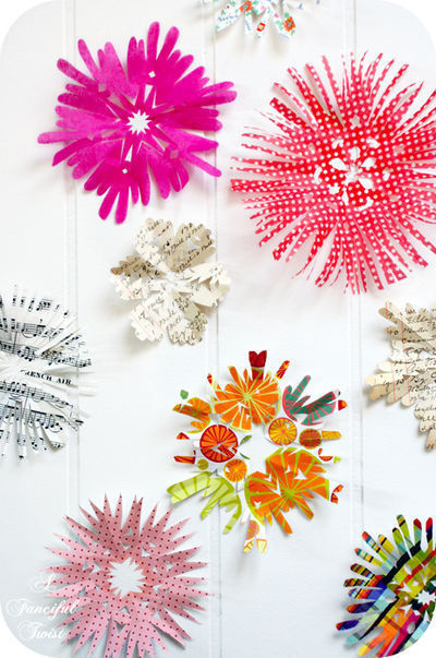How to make a paper model. Paper Flower Chandelier - Step 13