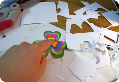 How to make a paper brooch. Shamrock Brooch - Step 3