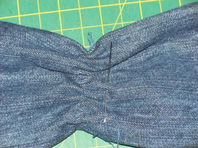 How to sew a bow clutch. Miu Miu Inspired Clutch - Step 3
