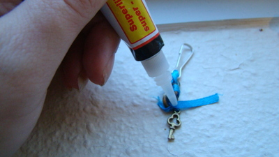 How to make a charm / keyring. Lovely Bag/Purse/Wallet Charm - Step 9