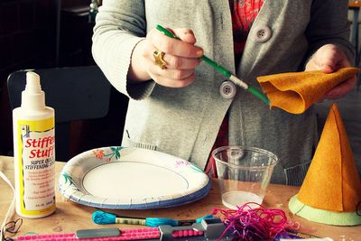 How to make a party hat. Felt Birthday Hats - Step 5