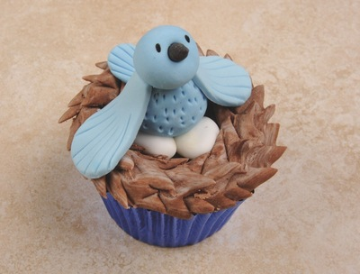 How to decorate an animal cake. Bird's Nest Cupcakes - Step 10