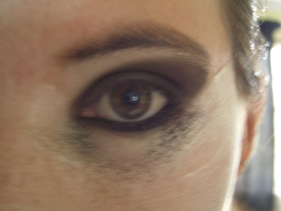 How to create an animal print eye makeup look. My Gothic Makeup - Step 4