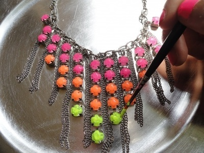How to make a gemstone necklace. Neon Necklace - Step 2