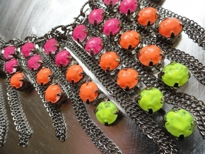 How to make a gemstone necklace. Neon Necklace - Step 4