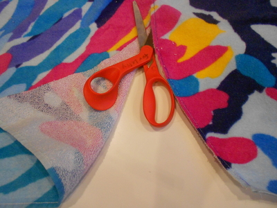 How to make a recycled skirt. Pool Towel Maxi Skirt - Step 4