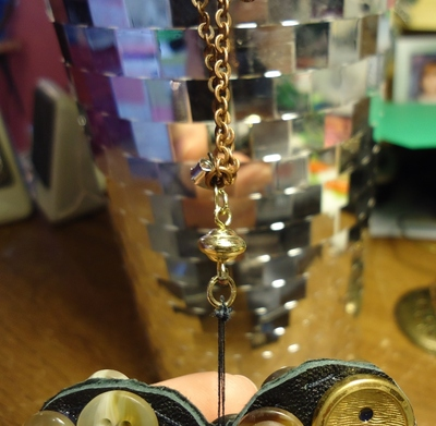 How to make a button necklace. 'Vintage' Leather & Button Pendant Necklace  - Step 5